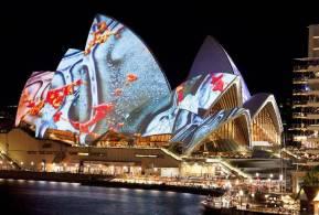 Light-the-Sails-Vivid-Sydney-festival-2012-By-URBANSCREEN-01
