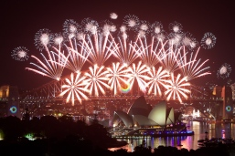 sydney-harbour-new-years-eve-fireworks-2012